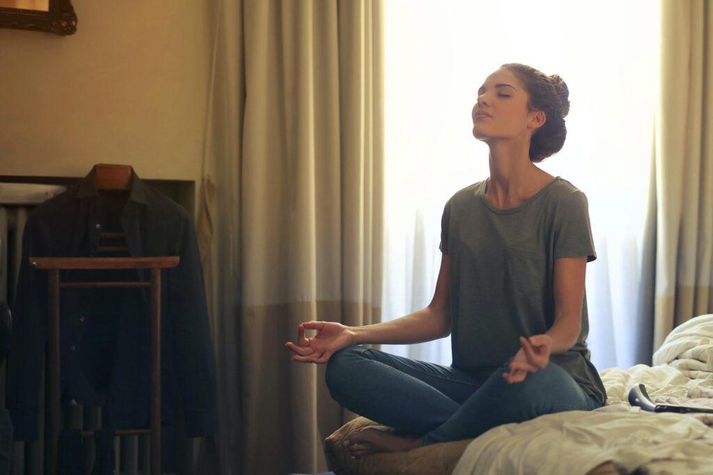 medytacja-uwazność-praktyka-medytacyjna-Agnieszka-Pawlowska