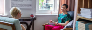Agnieszka-Pawlowska-kontakt-uwaznosc-wspolczucie-wsparcie-psychologiczne